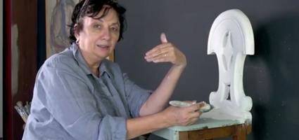 Annie Sloan's Two Colour Tutorial Video