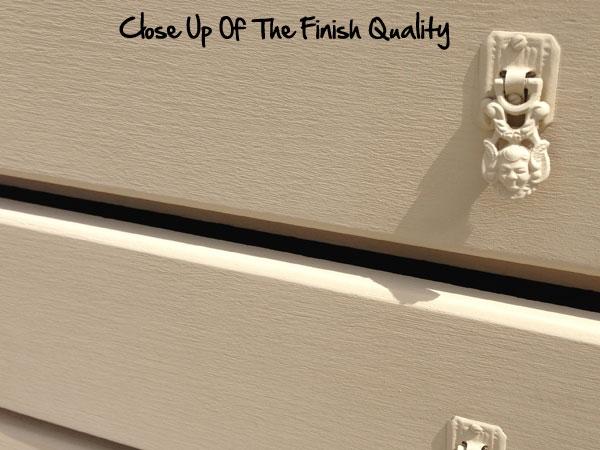 Graco-Cupboard-Close-Up
