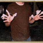 Sticky Glue Fingers