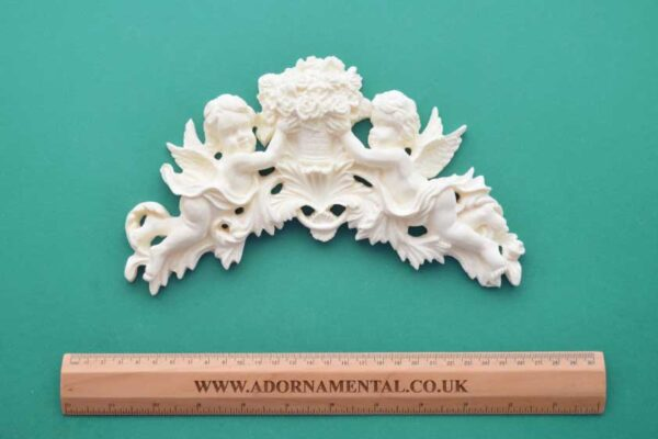 Large Cherub Bouquet Moulding