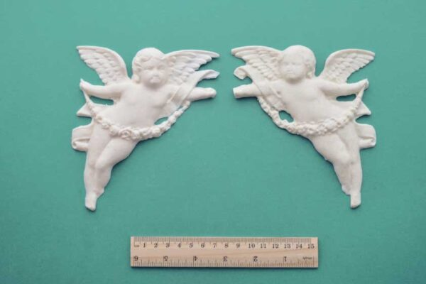 Large Cherubs Pair of Mouldings