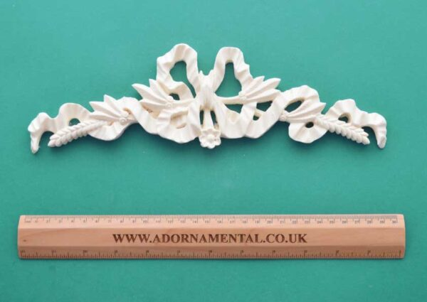 Bow & Wheat Centrepiece Resin Moulding