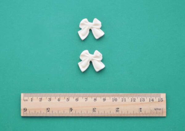 Chunky Bow Resin Mouldings