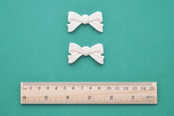 Small Floral Bow x 2 Resin Moulding