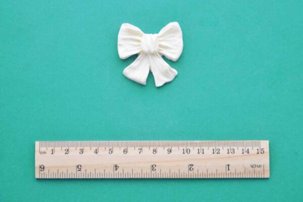 Small Ruched Bow x 2 Resin Moulding