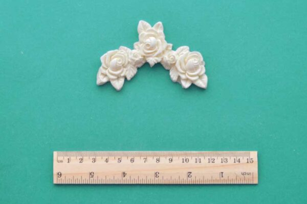 Rose Corner Resin Moulding