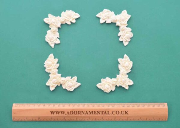 Rose Corner Mouldings Set