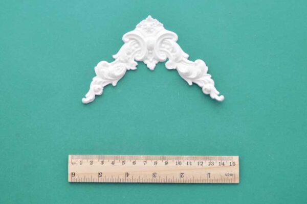 Regency Corners Resin Moulding
