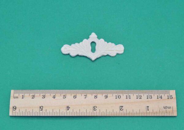 Small Scroll Escutcheon Moulding