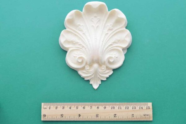 Large Victorian Shell Moulding