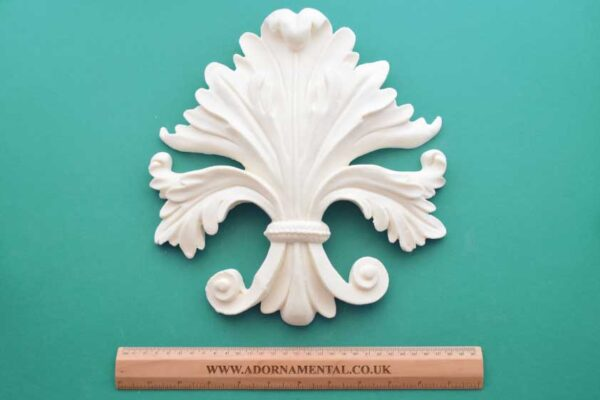Large Acanthus Fleur-de-Lys Moulding