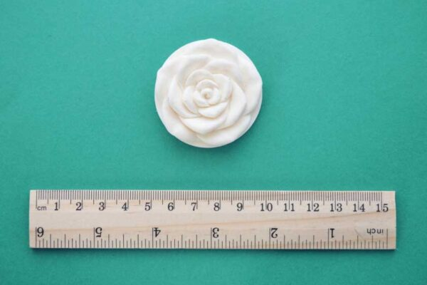 Medium Round Rose Moulding
