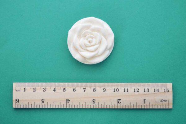 Medium Round Rose Moulding