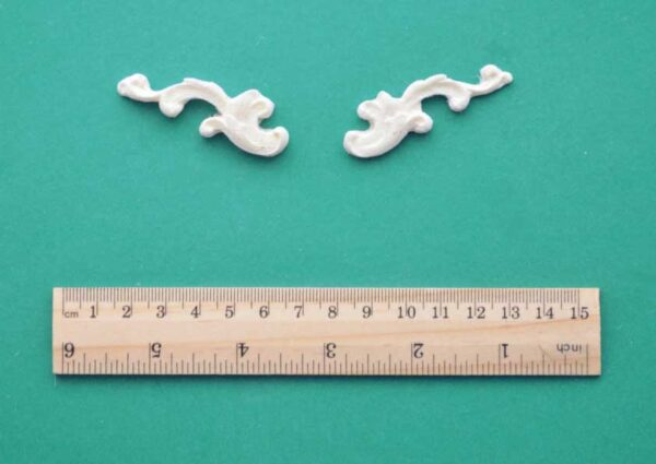 Tiny Resin Scroll Mouldings