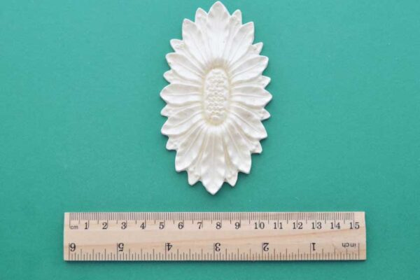Large Oval Sunflower Medallion