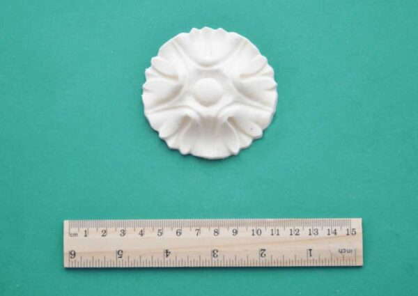 Large Simple Medallion Moulding