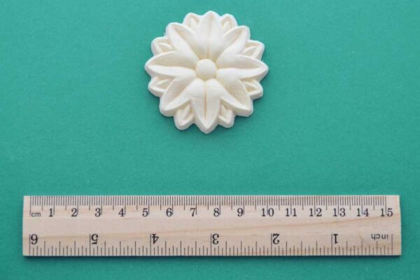 Large Deco Rosette Moulding