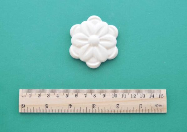 Simple Smooth Rosette Moulding