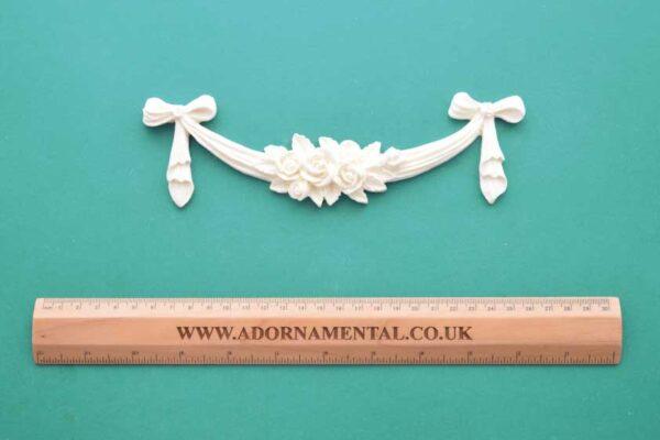 Medium Rose Bow Swag