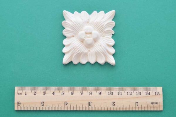 Decorative Flower Square Moulding