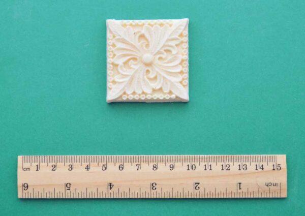 Acanthus Decorative Square Moulding