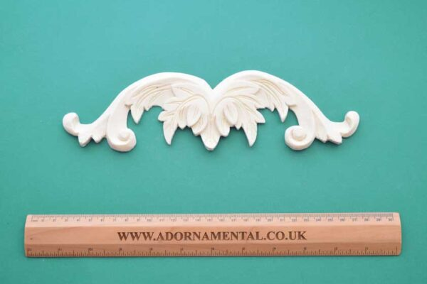 Leafy Pediment Resin Moulding