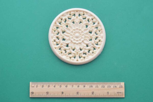 Small Oriental Round Moulding