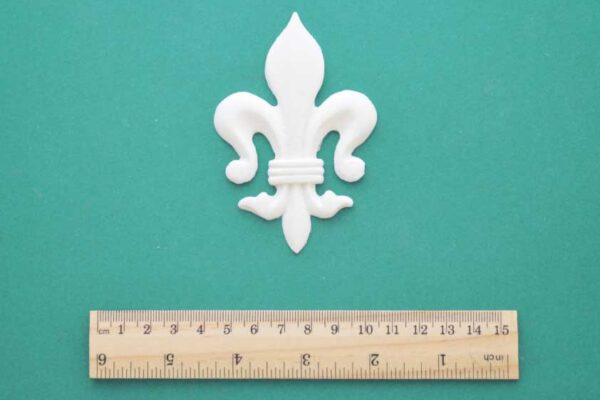 Traditional Fleur-de-Lys Resin Moulding