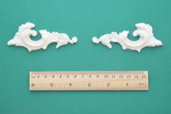 Regency Plume Scroll Mouldings