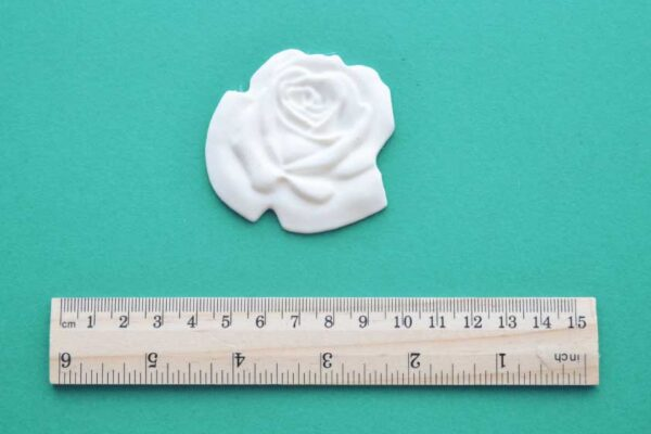 Large Flat Rose Moulding
