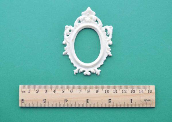 Miniature Ornate Frame Moulding
