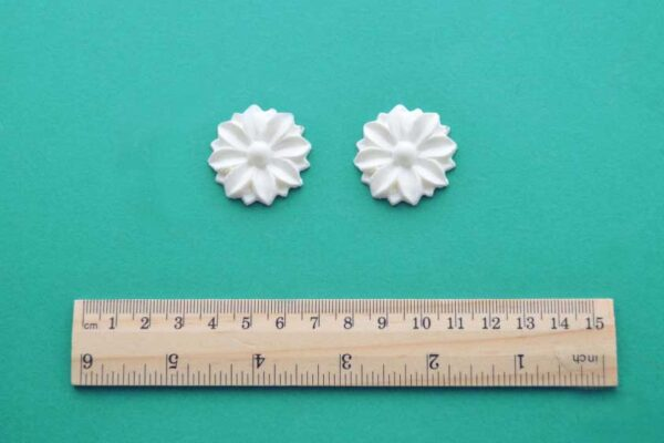Small Deco Rosette Mouldings