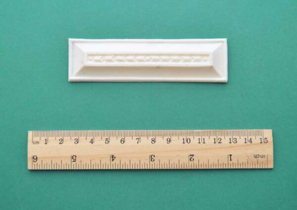 Small Bluebell Divider Bar Moulding